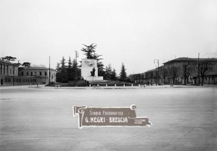 Monumento a ricordo dello statista bresciano Giuseppe Zanardelli