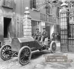 un'automobile a Brescia nei primi novecento